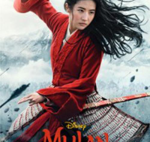 Czarno włosa kobieta w czerwonym uniformie z mieczem w ręku. Pod spodem tytuł filmu MULAN